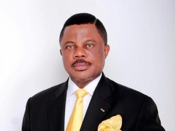 Obiano feeds NYSC members with N10m