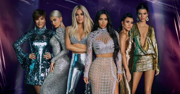 Kourtney Kardashian Disses 'Entitled' Kylie Jenner For Telling Off Mom Kris On 'KUWTK'