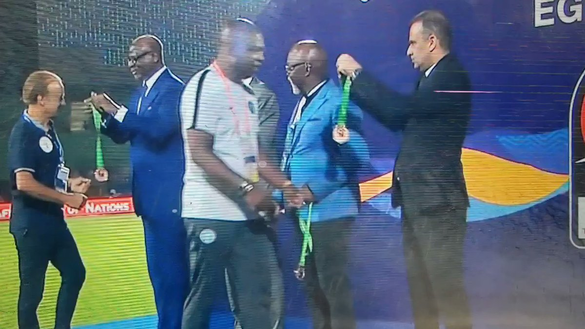 Video: See The Moment NFF Boss, Pinnick Snubs Rohr During AFCON Medal Presentation
