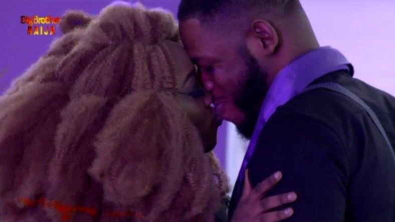 VIDEO: BBNaija 2019, Frodd Won A Kiss From Esther After 59 Days Together In The House
