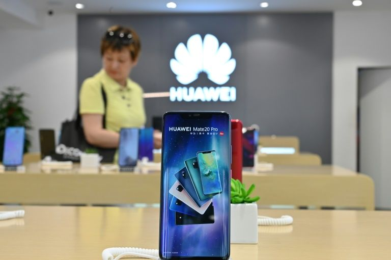 New Huawei handset to launch without Google apps
